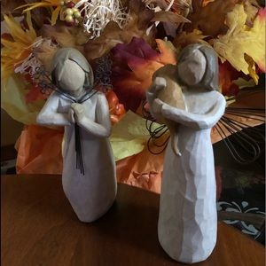 Willow tree figurines (both friendship)
